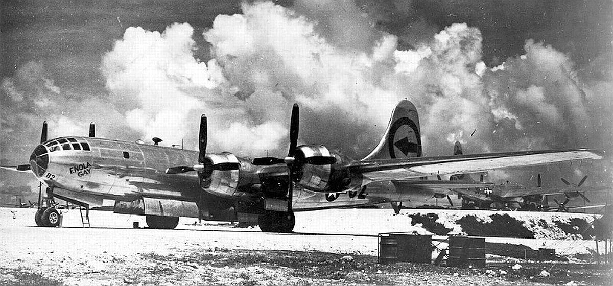 B-29-Enola-Gay-Tinian